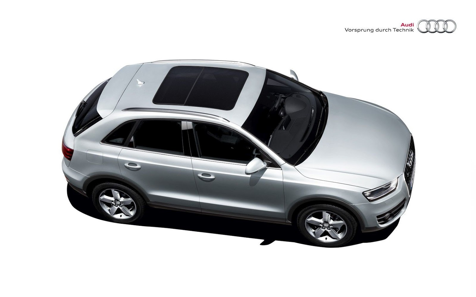 audi q3 in india 2012 review specification road test. Black Bedroom Furniture Sets. Home Design Ideas